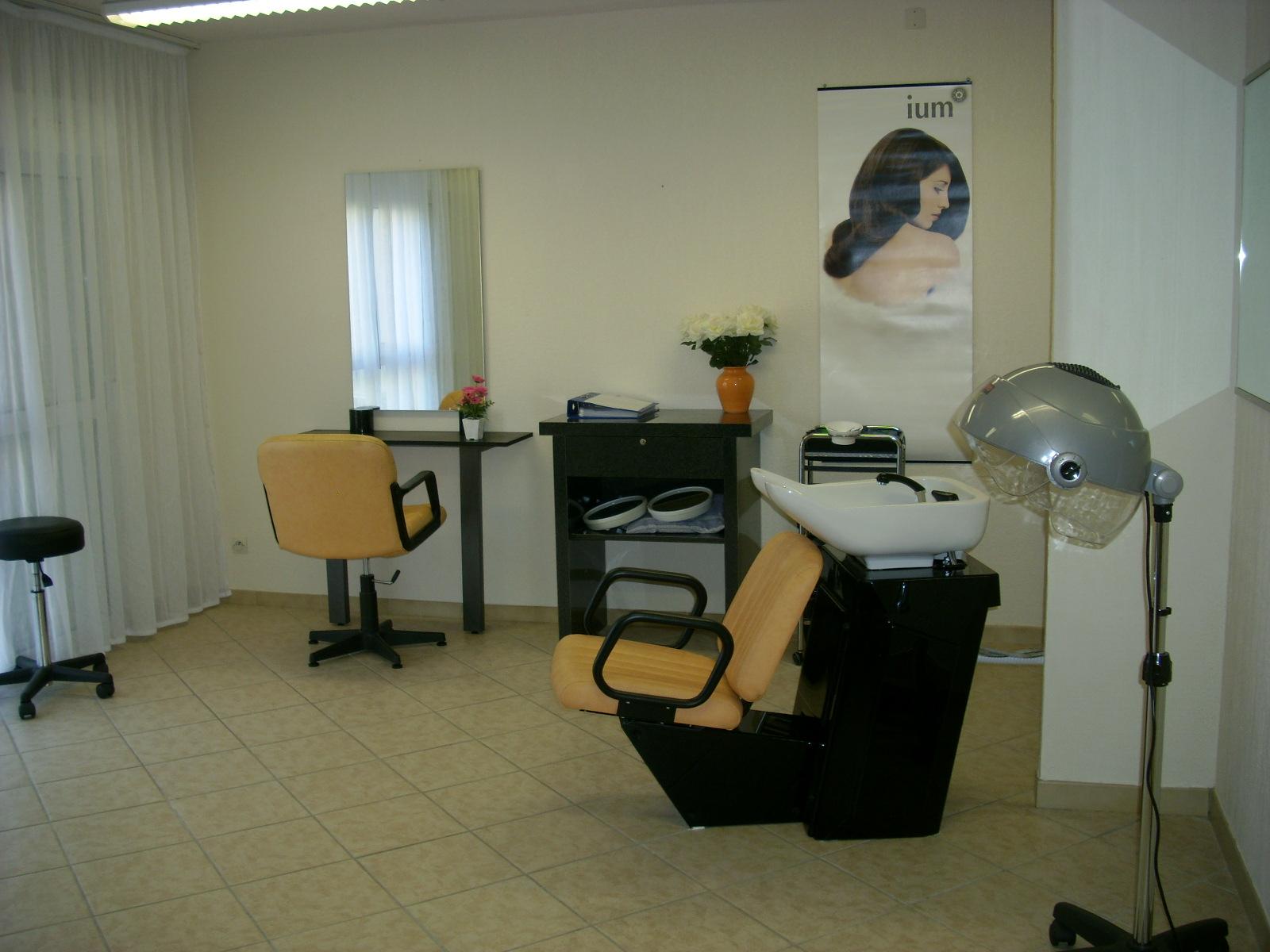 Photos for Salon de coiffure tchip